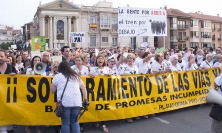 Manifestación AVE en Murcia