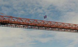 Puente Colgante el 8 de marzo
