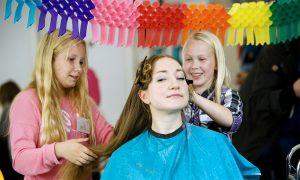 Los niños cortarán el pelo en Bilbao con Prototipoak