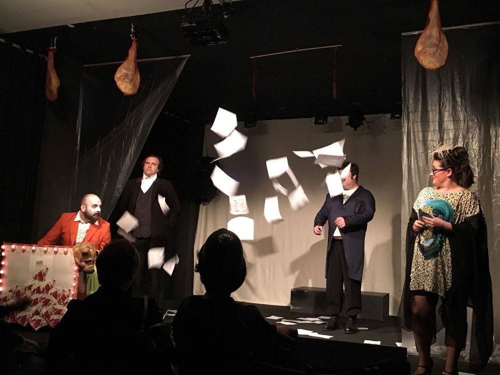 "Obra de teatro ""Gran cabaret Pachón"""