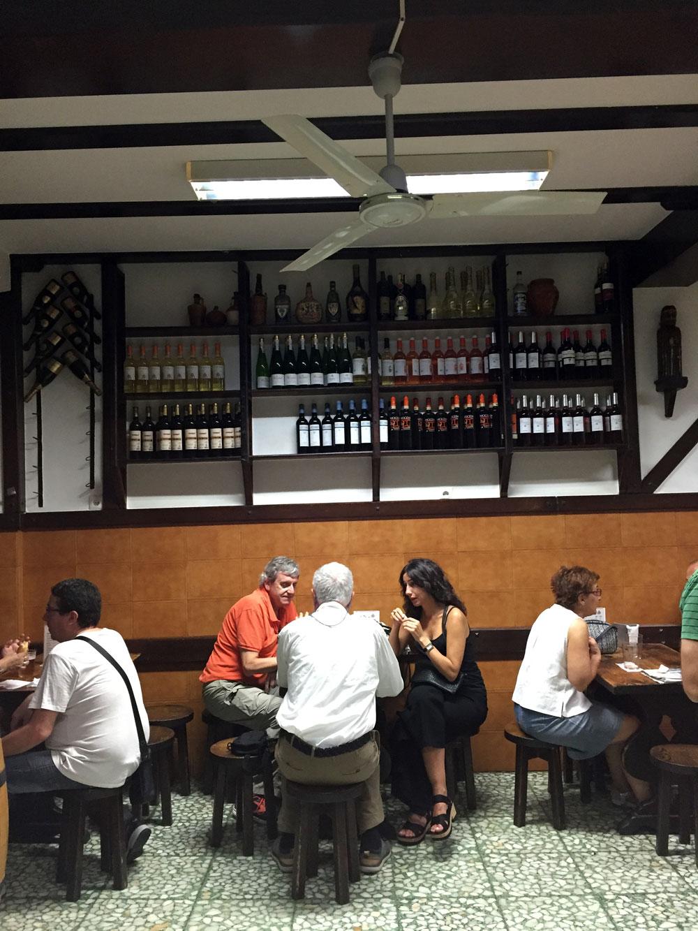 Bar Joserra, en el Casco Viejo de Bilbao
