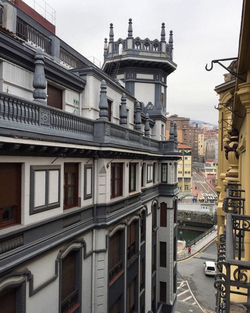 Hotel Tayko (Bilbao)