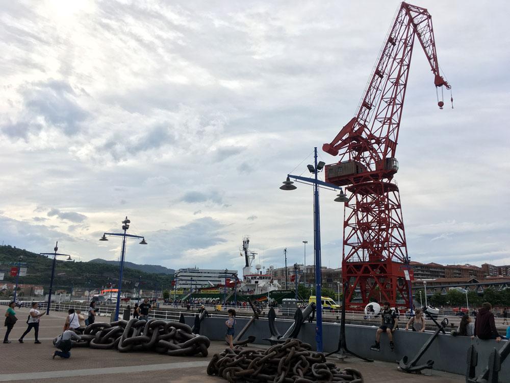 El barco Arctic Sunrise de Greenpeace, en Bilbao // BI FM