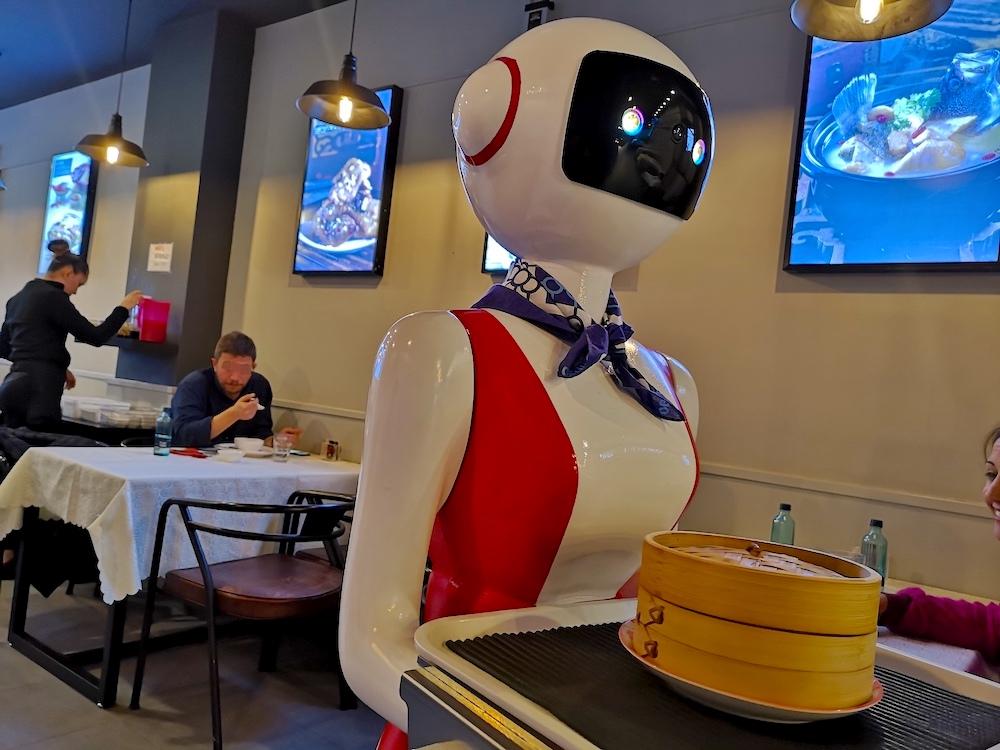 Robot camarero